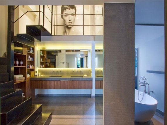 paris10 Nice and spacious penthouse in Paris with a painted ceiling