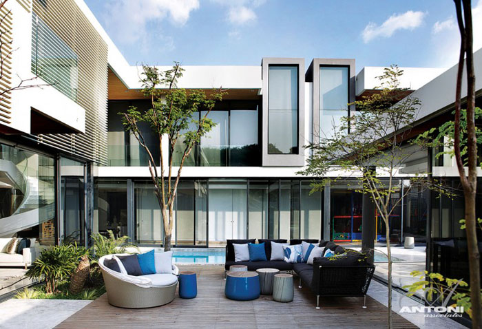 67368009200 Luxurious 6th 1448 Houghton Residence by SAOTA and Antoni Associates
