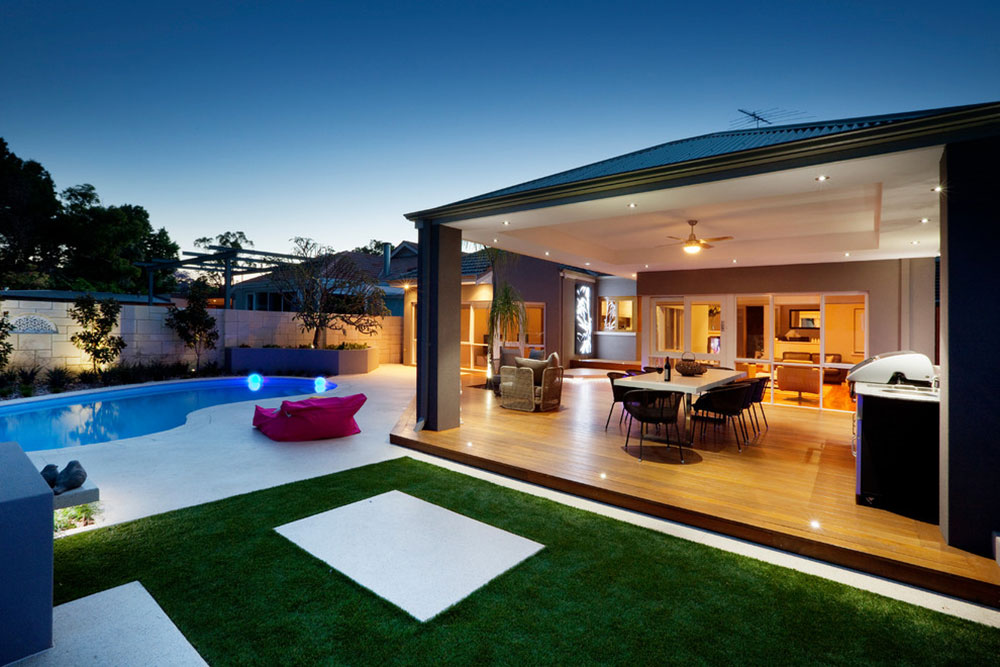 Bright-Your-Backyard-With-These-Deck-Lighting-Ideas5 Backyard Deck Lighting Ideas