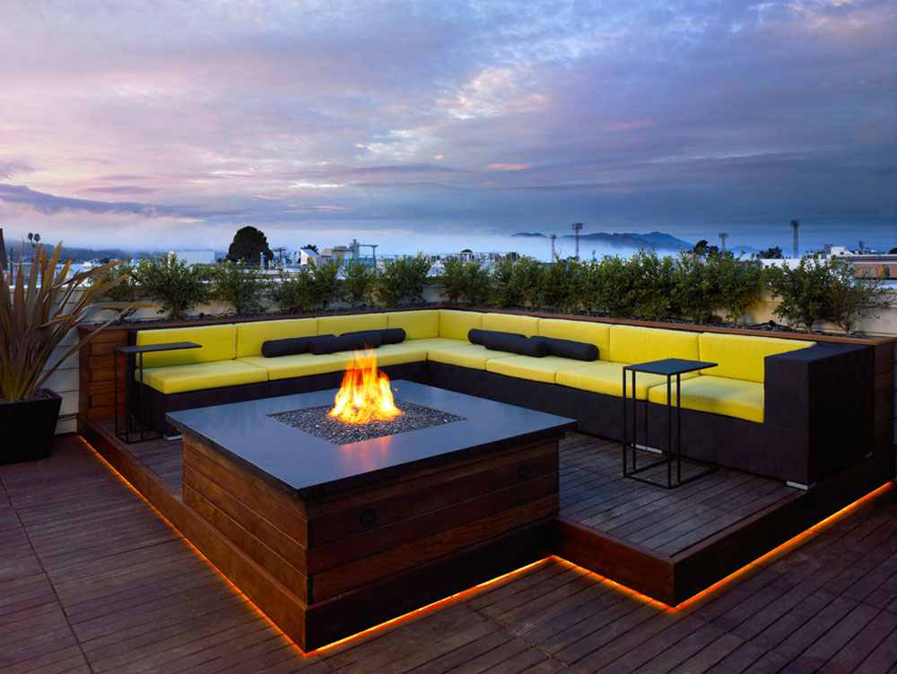 Bright-Your-Backyard-With-These-Deck-Lighting-Ideas6 Backyard Deck Lighting Ideas