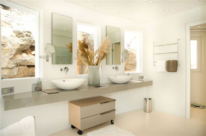 65790940571 Luxurious house with beautiful views and white rooms in Cala Marmacen