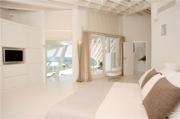 65790930114 Luxurious house with beautiful views and white rooms in Cala Marmacen