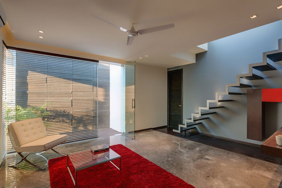 52877955175 Contemporary, elegant and thermally efficient home in New Delhi