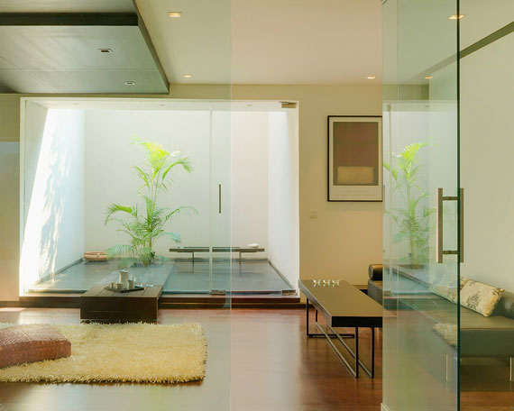 52878252392 Contemporary, elegant and thermally efficient home in New Delhi