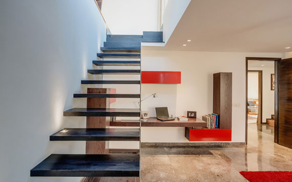 52877998011 Contemporary, elegant and thermally efficient home in New Delhi