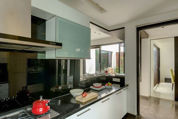 52878362456 Contemporary, elegant and thermally efficient home in New Delhi