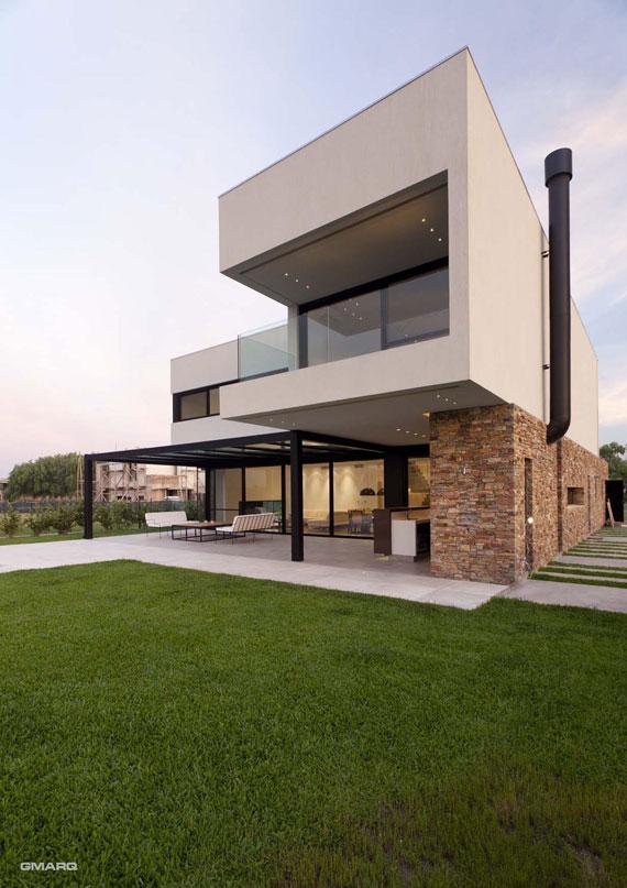 50025116817 Casa A in Argentina Designed by Estudio GMARQ