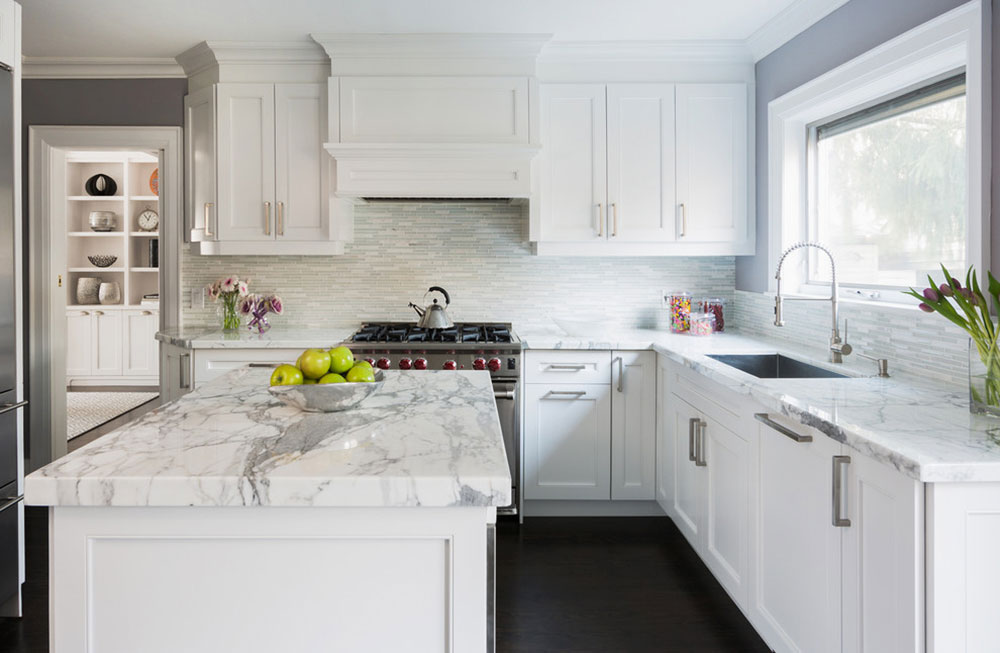 White-Tile-Backsplashes-don't-have-to-be-boring5 White Tile Backsplash Design Ideas
