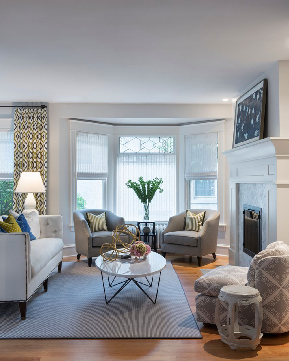 Homey-Feelings-With-These-Bay-Window-Decor-15 Bay Window Decor to try out in your home