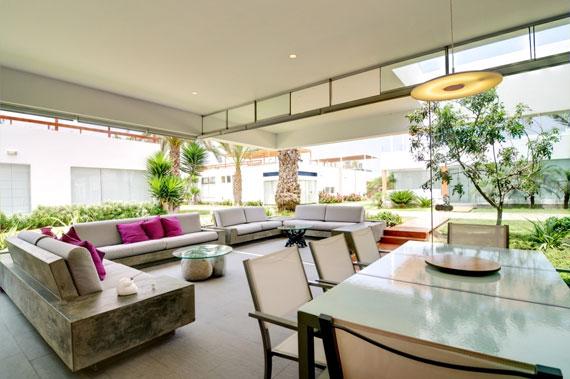 48203060223 Modern House Casa Seta Designed by Martin Dulanto