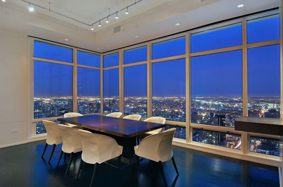man10 Minimalist penthouse in Manhattan with glass exterior walls