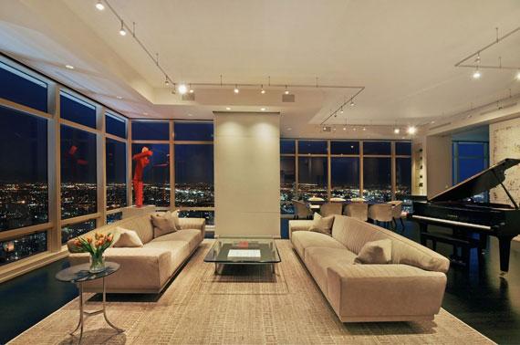 man9 Minimalist Manhattan penthouse with glass exterior walls