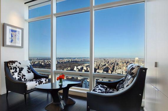 man5 Minimalist Manhattan penthouse with glass exterior walls
