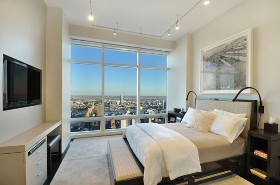 man6 Minimalist penthouse in Manhattan with glass exterior walls