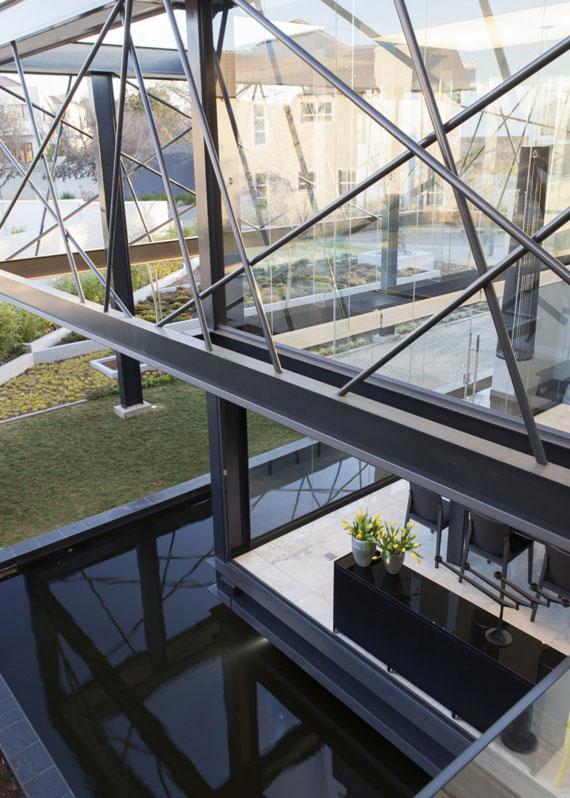 b2 Modern building Ber House Designed by Nico van der Meulen Architects
