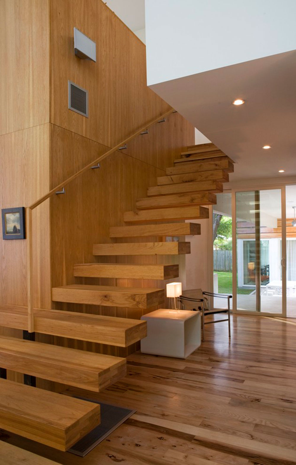 Modern and exquisite floating staircase5 Modern and exquisite floating staircase designs