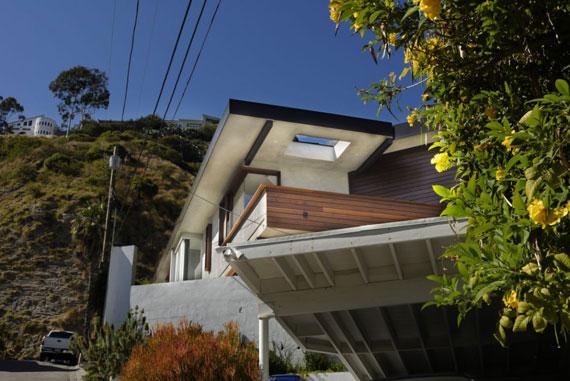 w2 Modern residence in West Hollywood designed by fer Studio