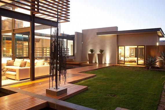 s5 Impressive Aboobaker house by Nico van der Meulen Architects