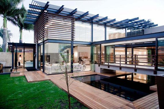 s4 Impressive Aboobaker house by Nico van der Meulen Architects