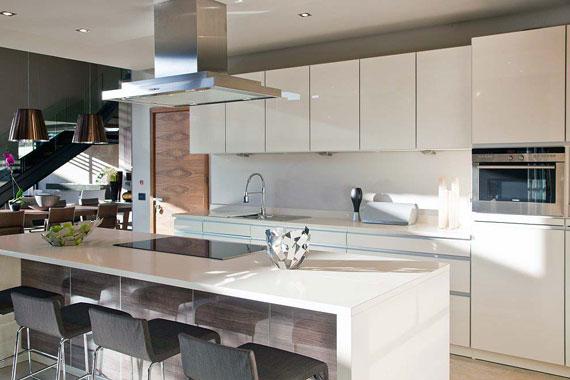 p13 Impressive Aboobaker house by Nico van der Meulen Architects