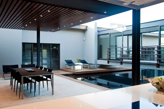 s7 Impressive Aboobaker house by Nico van der Meulen Architects