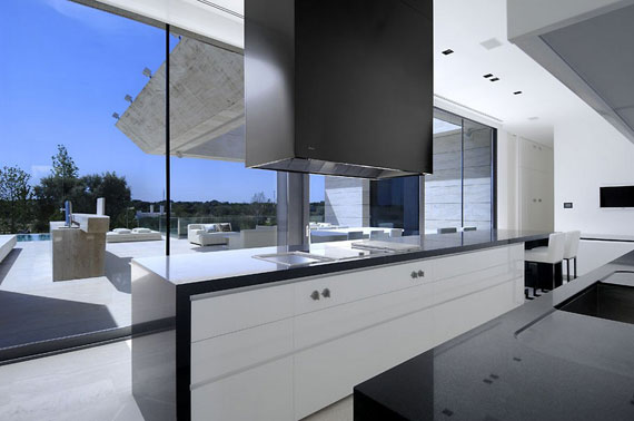 m12 house with marble exterior designed by A-Cero in Pozuelo de Alarcón, Madrid