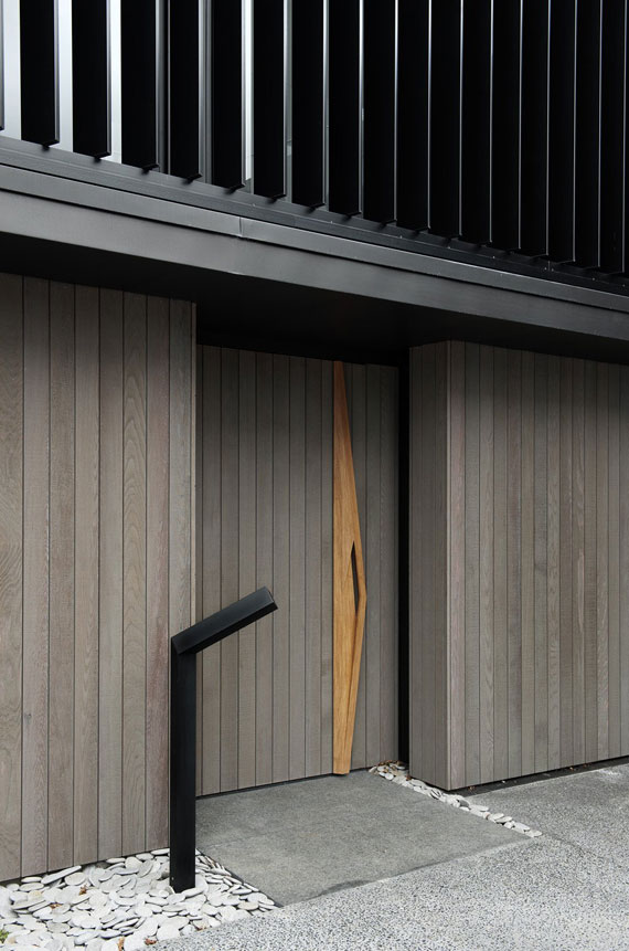 cls8 Modern black and white dream house: Lucerne House by Daniel Marshall Architects