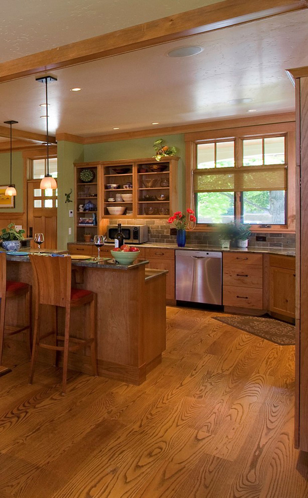 Open kitchen cabinets are easier to use11 Open kitchen cabinets are easier to use
