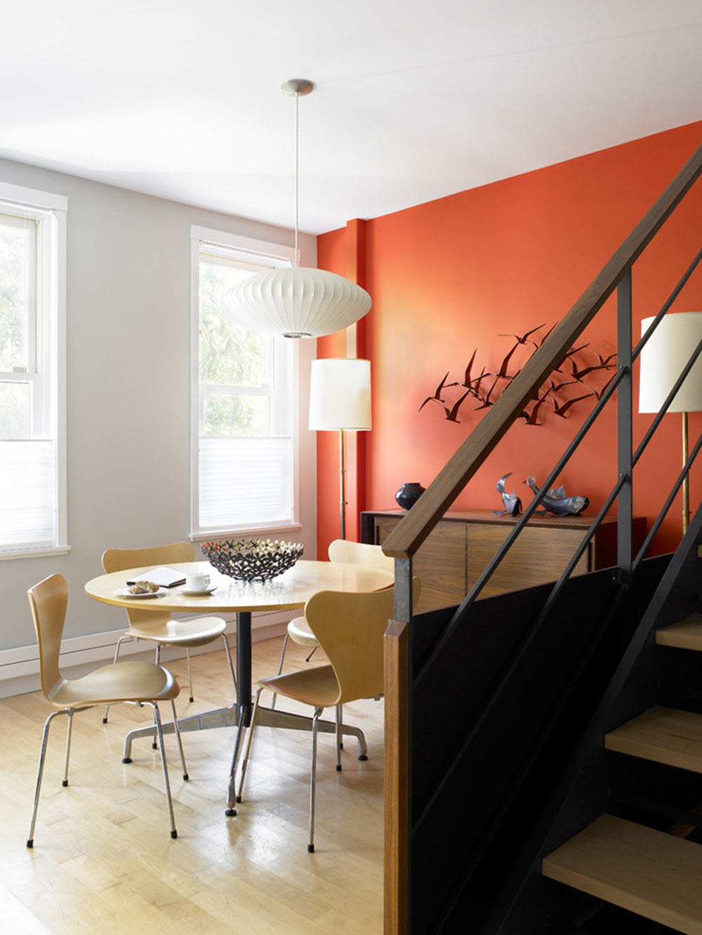 Adding Accents to a Neutral Interior with Color16 Adding Accents to a Neutral Interior with Color