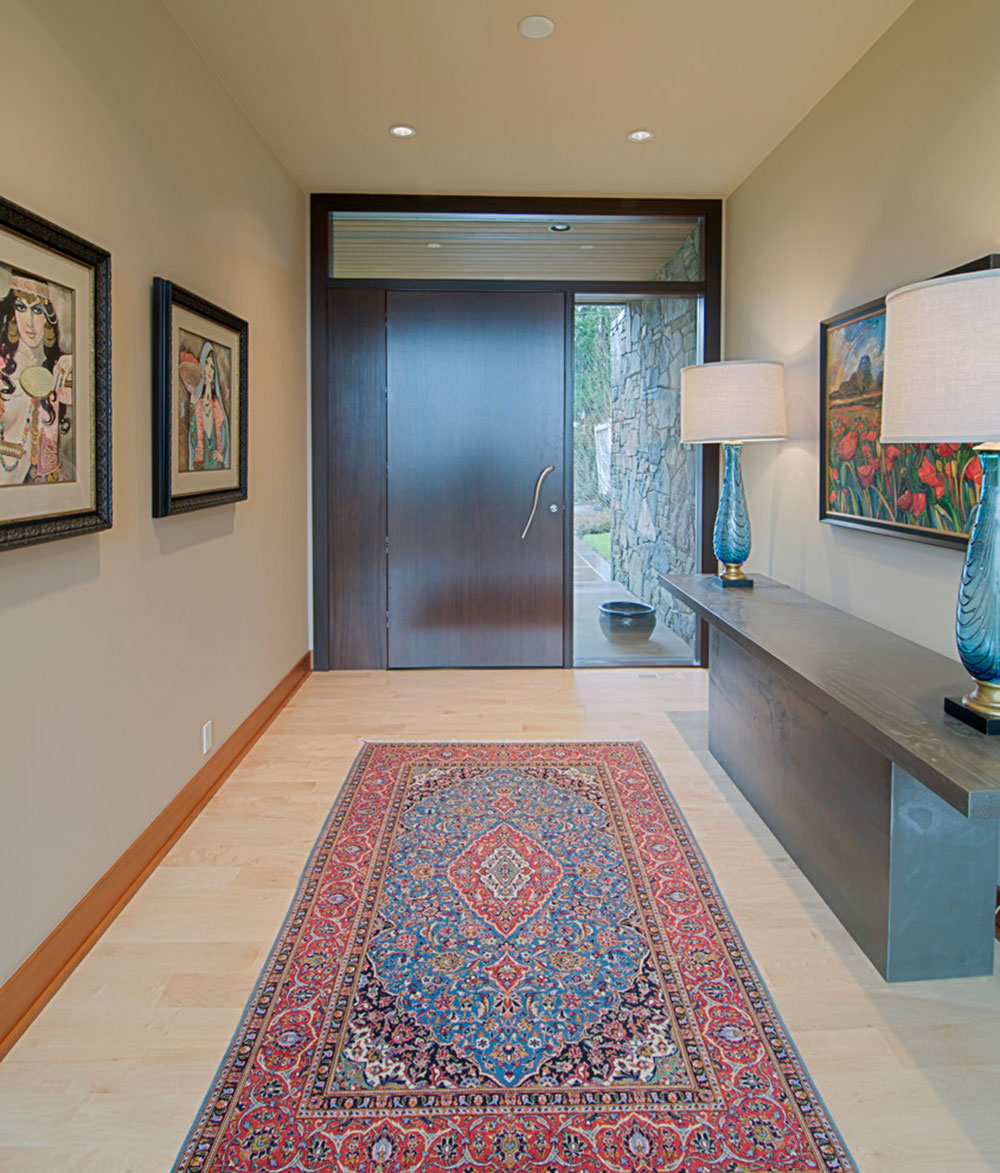 How to decorate with antique carpets12 How to decorate with antique carpets