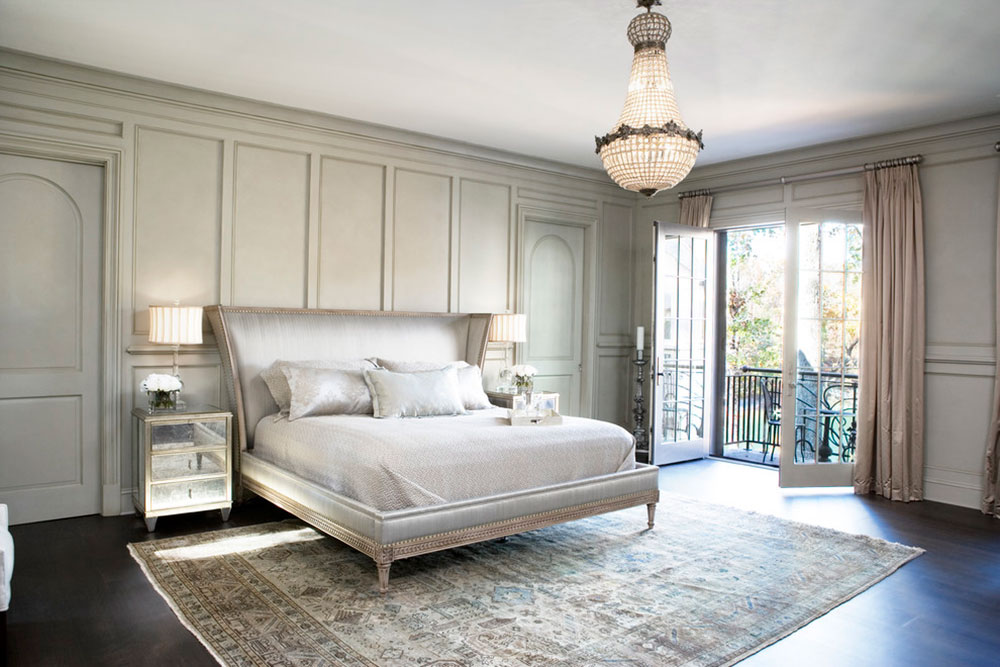 How to decorate with antique carpets2 How to decorate with antique carpets