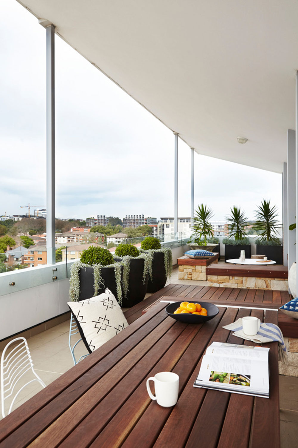 How to decorate an apartment balcony3 How to decorate an apartment balcony