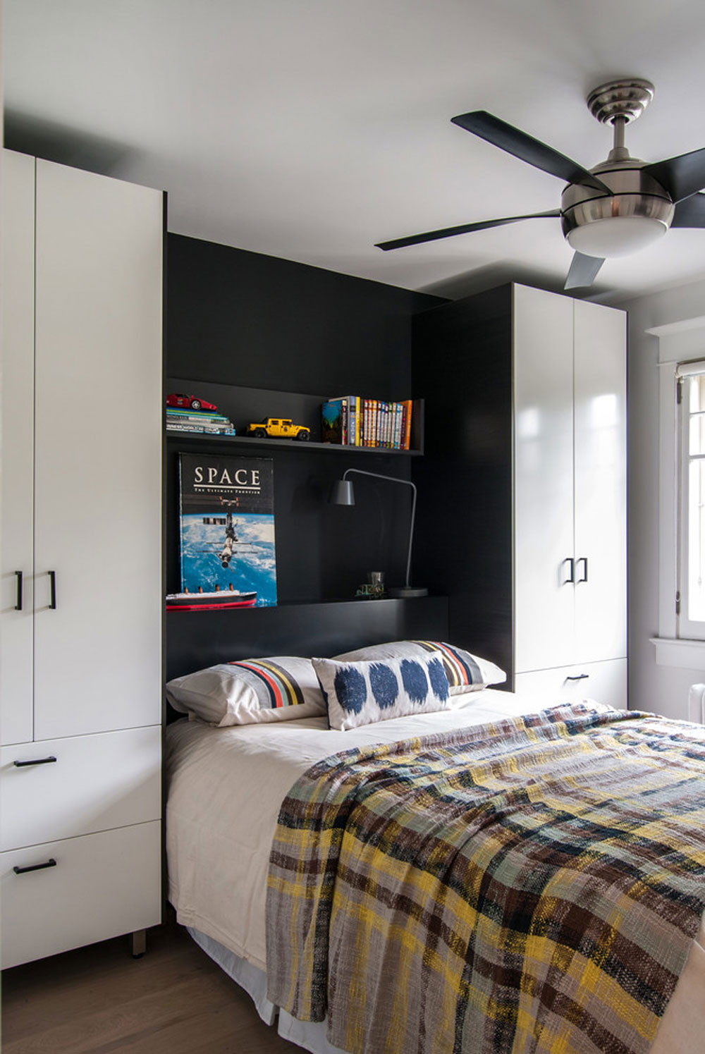 Design Tips for Decorating a Small Bedroom on a Budget 11 design tips for decorating a small bedroom on a budget