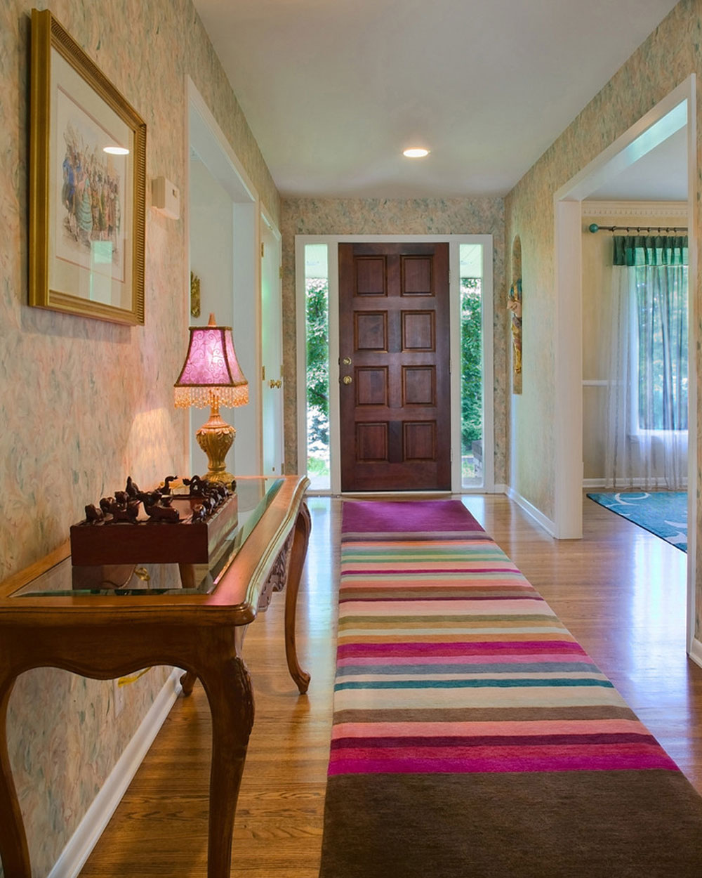 Creating the interior design for the entrance hall. 6 Creating the interior design for the entrance hall