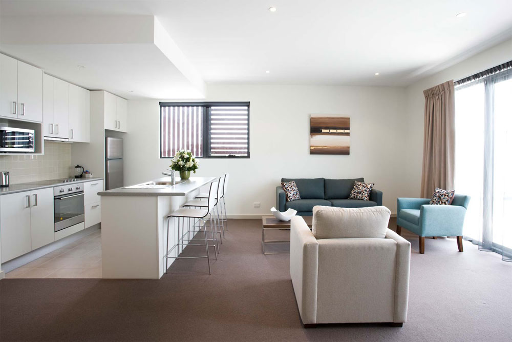 Avoid the crowds with a minimalist style 14 Avoid crowded interiors with a minimalist style
