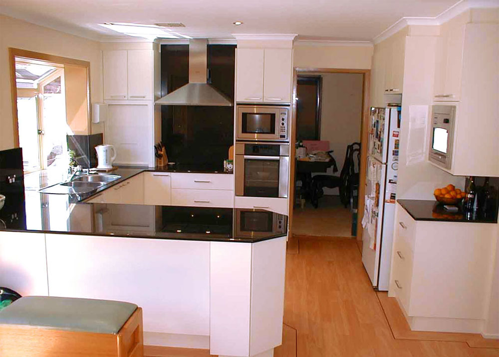 Tips and Ideas for Redesigning a Small Kitchen 5 Tips and Ideas for Redesigning a Small Kitchen