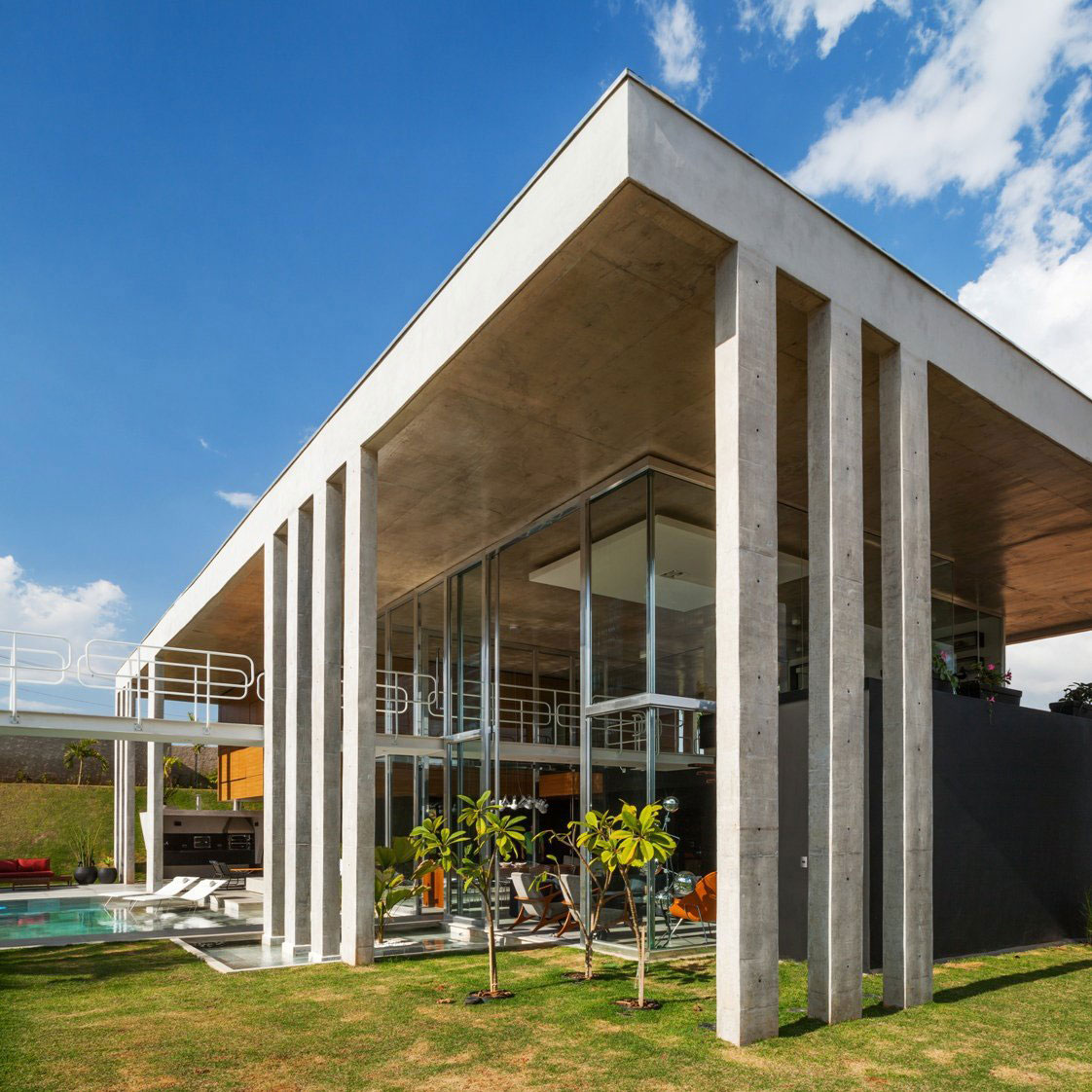 The Botucatu House stands as an architectural masterpiece 2 The Botucatu House stands as an architectural masterpiece