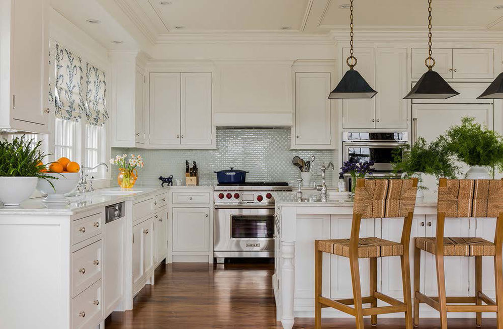 Tips and Guidelines for Decorating Over Kitchen Cabinets 4 Tips and Guidelines for Decorating Over Kitchen Cabinets
