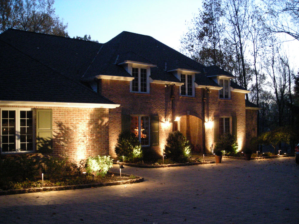 Main entrance exterior lighting ideas to freshen up your home