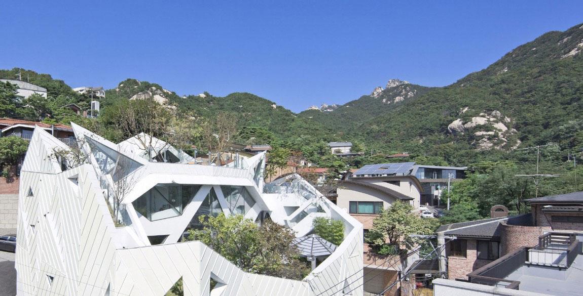 The modern Hwa Hun House, designed by IROJE-KHM-Architekten-3 The modern Hwa Hun House, designed by IROJE KHM Architects