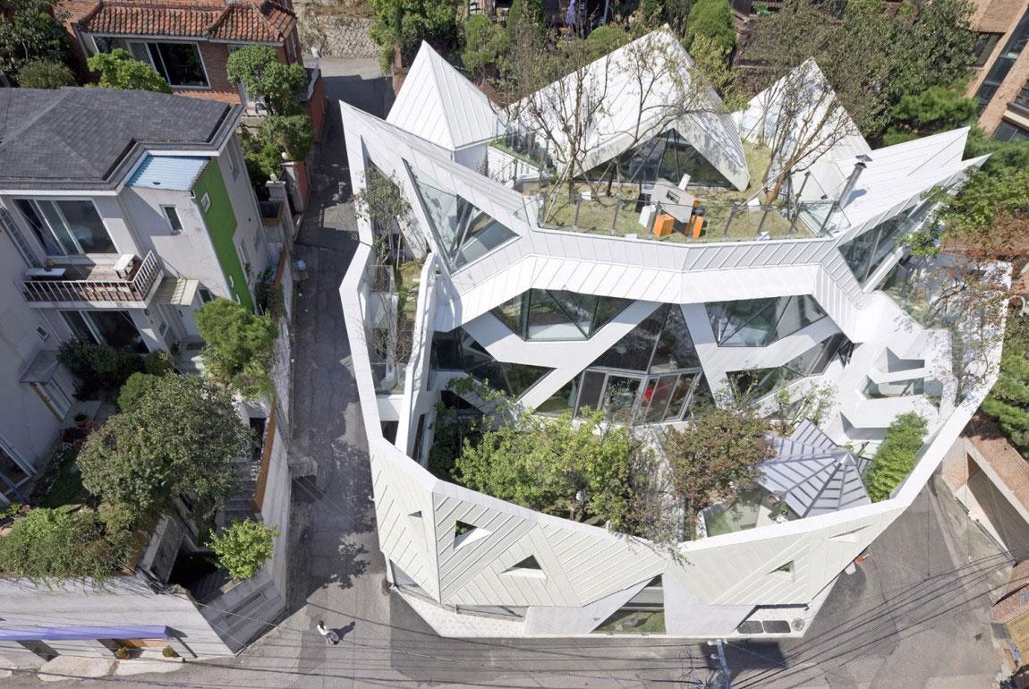 The modern Hwa-Hun-Haus, designed by IROJE-KHM-Architekten-2 The modern Hwa-Hunnen-Haus, designed by IROJE KHM Architekten