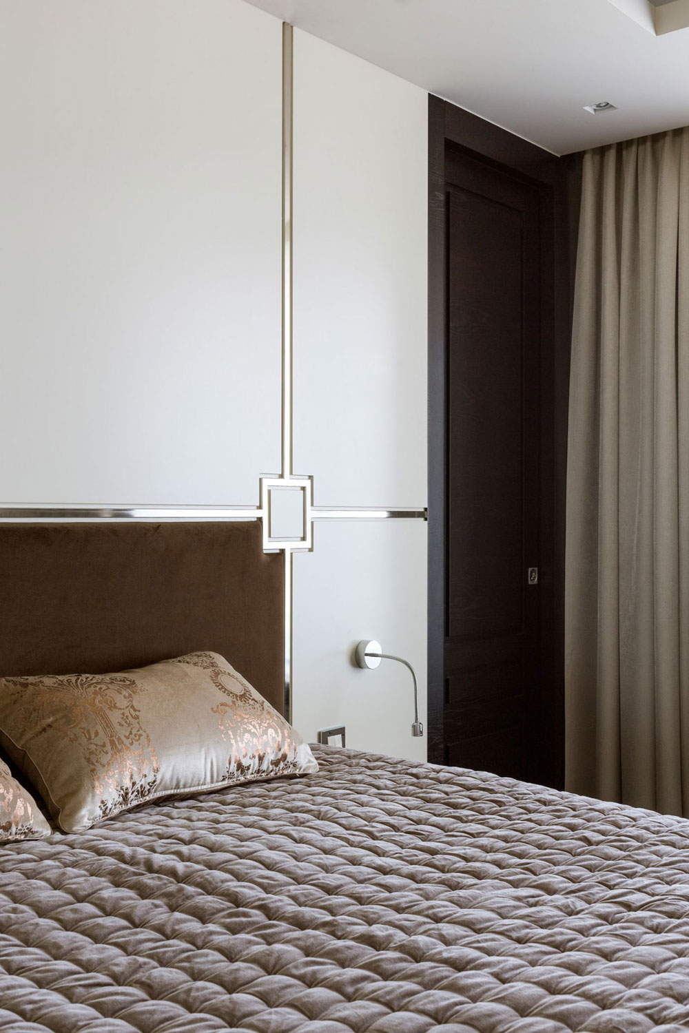 Apartment-with-the-look-and-feel-of-a-luxury-hotel-room-suite-10-Apartment-with-the-look-and-feel-of-a-luxury-hotel room-suite