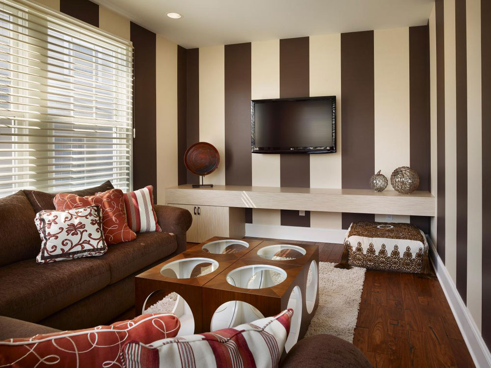 Beautiful living room with striped walls-3 Beautiful living room with striped walls