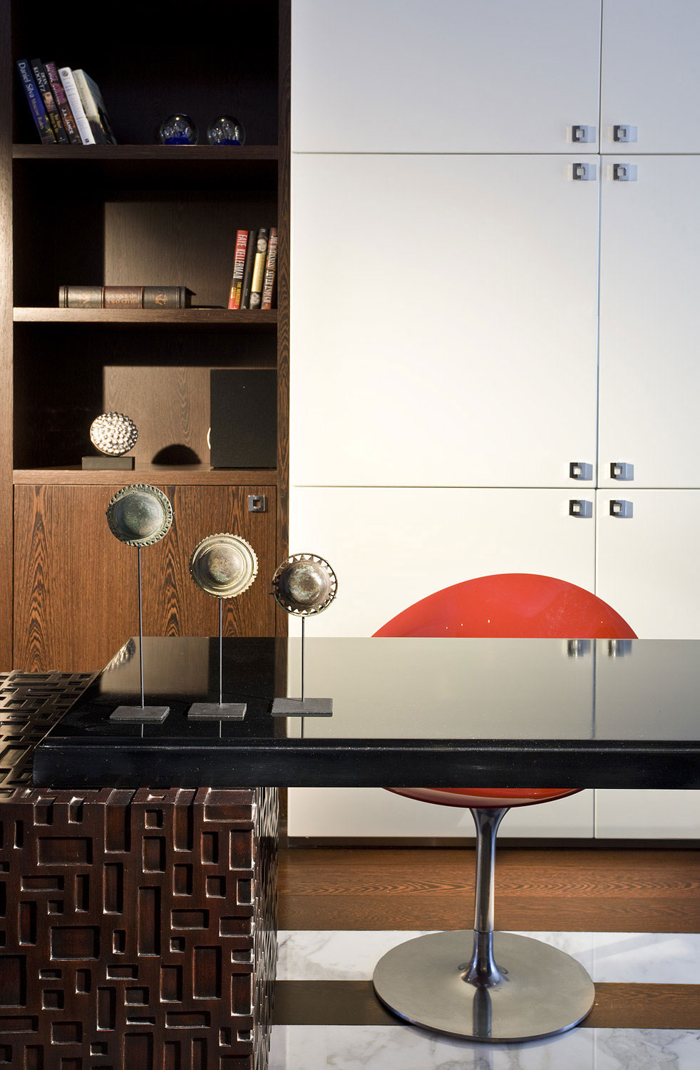 A contemporary design of a penthouse that is not too modern or cold 15 A contemporary design of a penthouse that is not too modern or cold