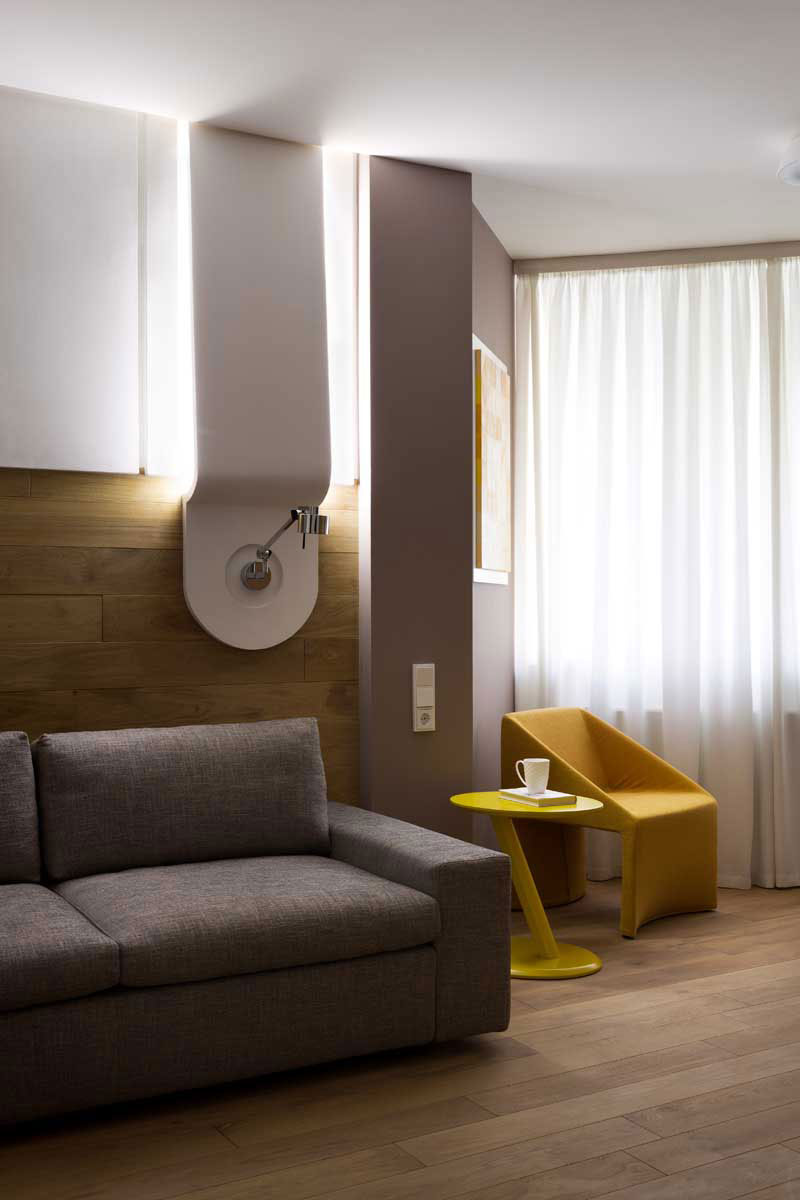 The futuristic apartment that Denis-Rakaev-created-moon-box-9 The futuristic apartment that Denis Rakaev created - moon-box