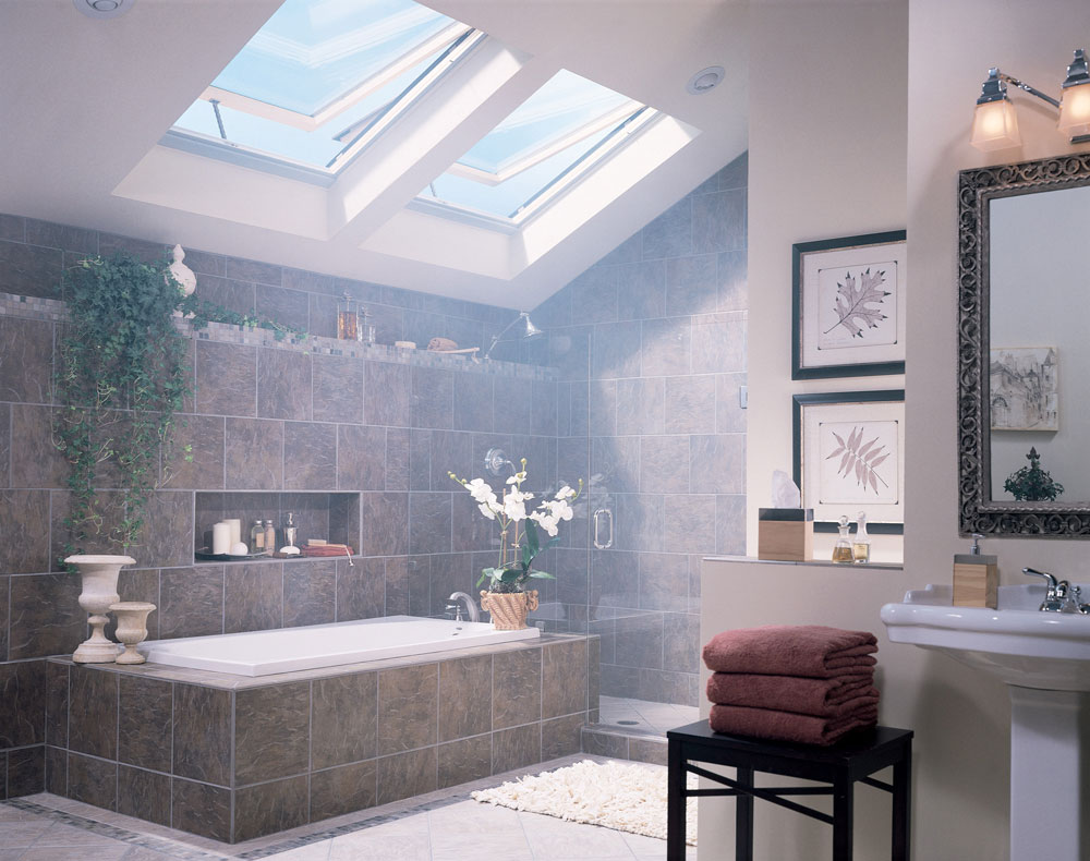 Bathrooms With Skylights That Make You Rethink How You Are Designing 6 bathrooms with skylights that will make you reconsider your design