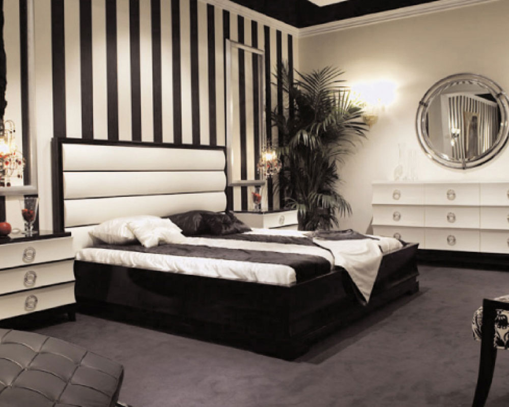 The not at all fancy bedroom with striped walls-5 The not at all fancy bedroom with striped walls