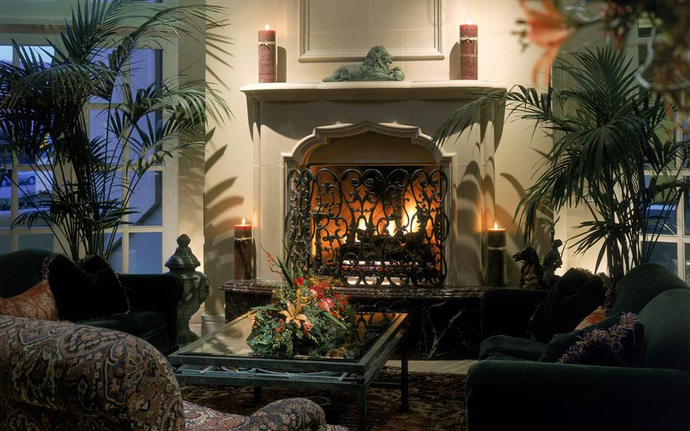 Show-window-of-the-living room-interior-design-with-fireplace-13 Show-window of the living room-interior design with a fireplace