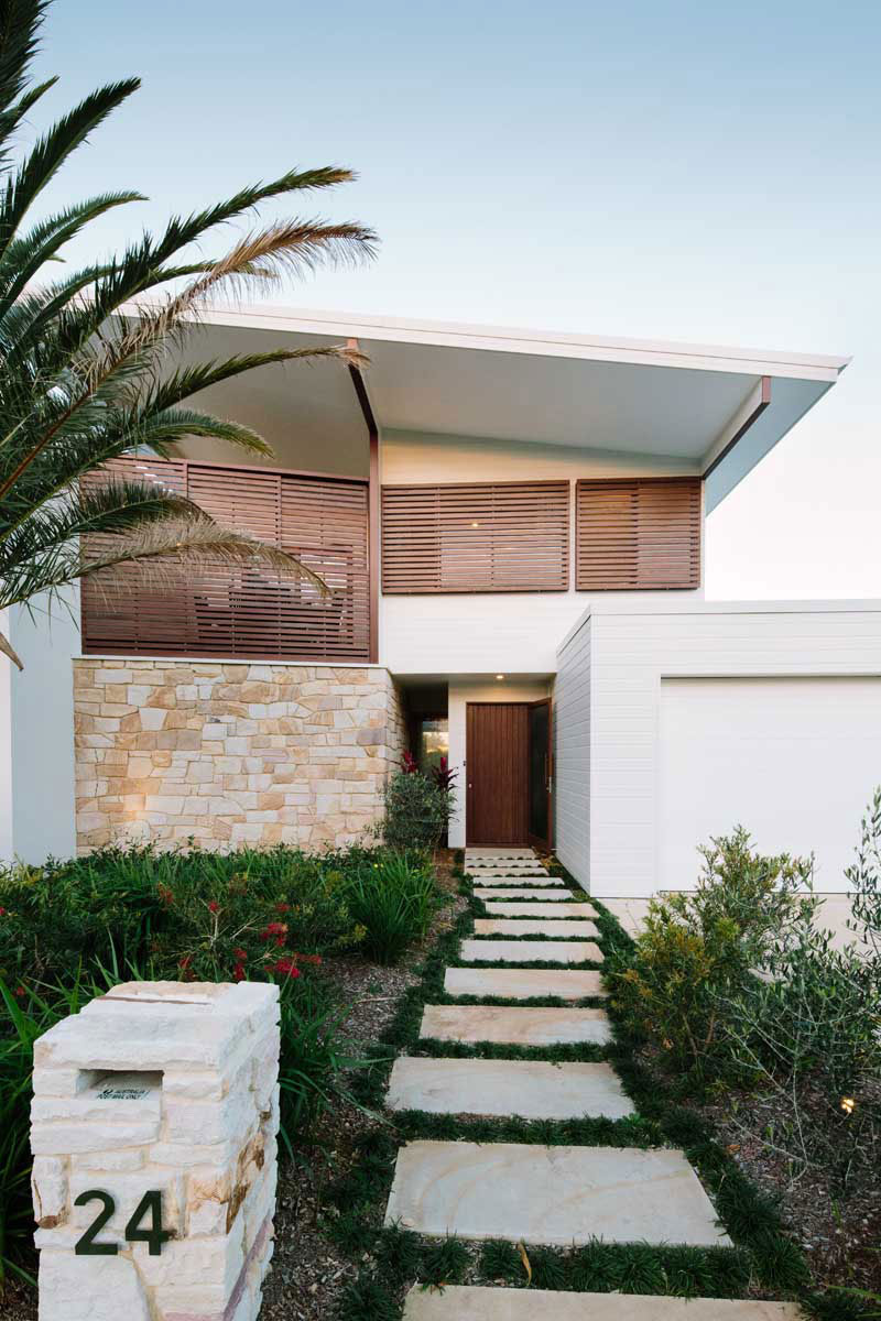 Byron-Bay-Beach-house-designed-by-Davis-Architects-2 Byron Bay Beach house designed by Davis-Architects