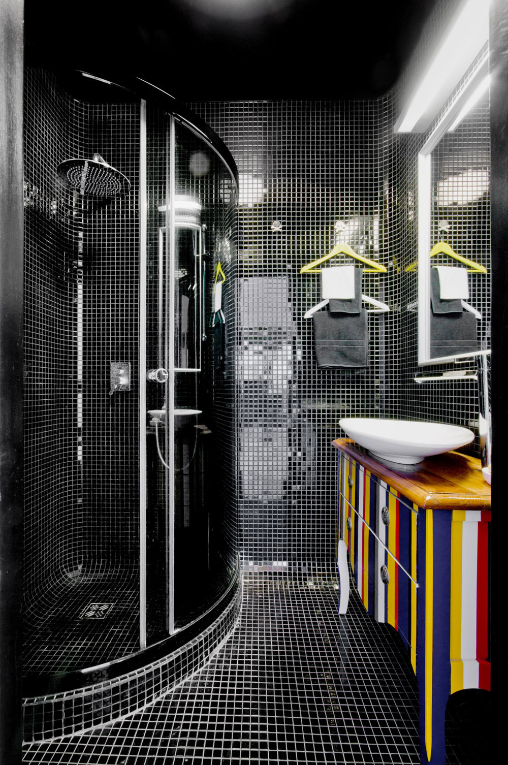 Classic-bathroom-interior-design-examples-that-stand-out-17 Classic-bathroom-interior-design-examples that stand out